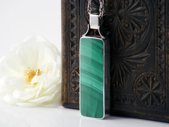 Vintage Sterling Silver Malachite Pendant | 1977 English Hallmarks | Queen Elizabeth Silver Jubilee - 24 Inch Long Sterling Chain