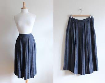 Vintage 1980s Jones New York Grey Knife Pleat Midi Skirt