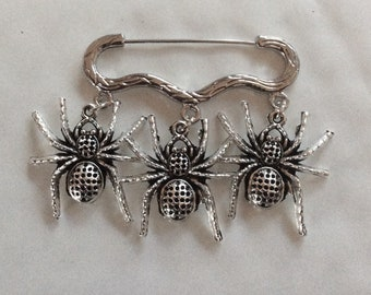 Three spider insect bug charm silver tone brooch / pin