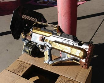 Nerf full auto assualt rifle custom steampunk with attachments (FREE SHIPPING!)