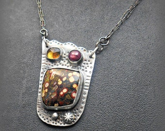 Metalwork Tulip Pendant with Poppy Jasper Star Ruby and Faceted Olive Quartz Stones