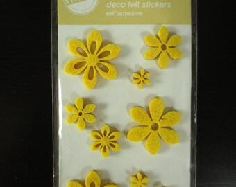 Board of 9 stickers in yellow felt flowers