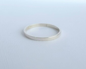 Thin Sterling silver ring - 1.5mm Sterling silver stacking ring -  Solitaire ring - Sterling silver ring - Flat silver ring