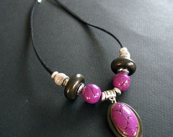 Necklace ethnic fuchsia and black handmade polymer clay