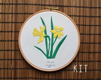 Birth Flower Kits: March Daffodil
