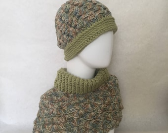 READY TO SHIP Green and earth tones reversible hat and matching cowl set