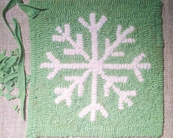 Snowflake Rug Hooking Pattern Instant Download