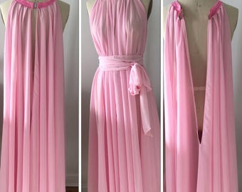 Belted pink pegnoir, gown