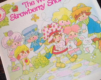Strawberry Shortcake Vintage Catalog, Pamphlet, Came with Dolls ~ The Pink Room ~ SS001