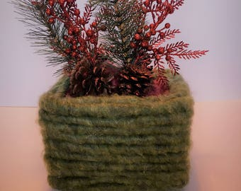 Christmas CENTERPIECE!! for Holidays   FREE Shipping!!