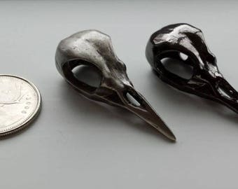 WHOLESALE Bird skull button - silver or black - wholesale price