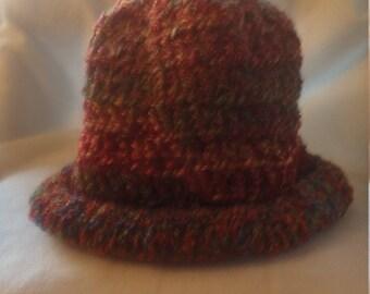 Rolled brim hat in shades of orange