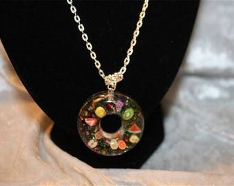 Jewelry resin inclusion
