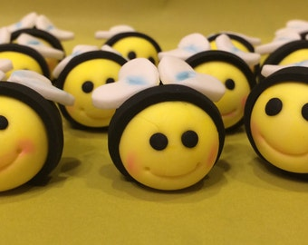 15 Edible painted fondant Bumble bee cake / cupcake toppers for Birthday/Baby Shower