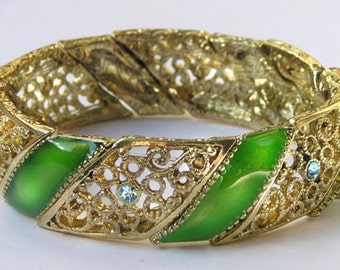 1928 Jewelry Green Enameled Filigree Stretch Bracelet