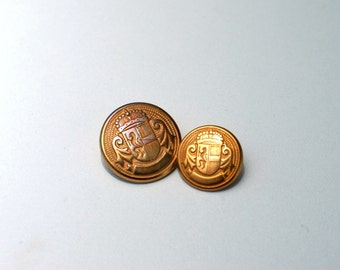 Gold Metal buttons , vintage buttons, Set of 10 pcs with shanks , two sizes - 4 bigger , 6 smaller, sewing buttons, replacement buttons