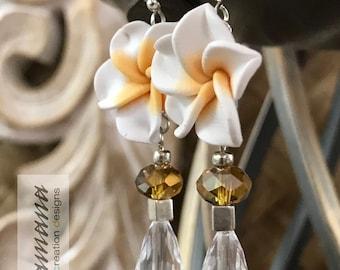 Pua Melia (Plumeria) Collection - Medium White w/silver metal accents