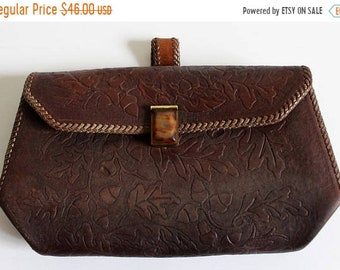 In Bloom vintage tooled leather clutch // leather purse // brown leather handbag