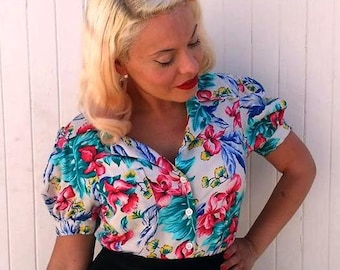 Tropical rayon challis Sophie 1940s repro puffed sleeve blouse with NOS 40s MOP buttons Medium only