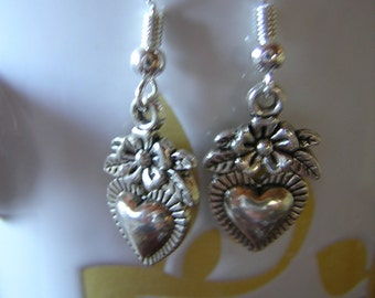 Dangle Earrings Antiqued Silver Hearts & Flowers Sweet Perfect for gift