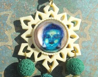 Ciondolo - Budda - Budda della Medicina - Cammeo di Vetro