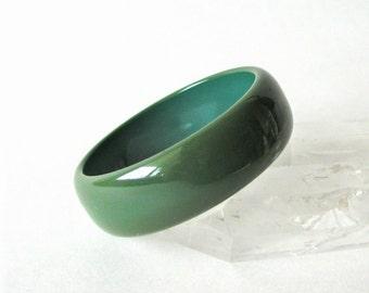Vintage Olive Green Chunky Bakelite Bangle Bracelet Beautiful Patina Tested