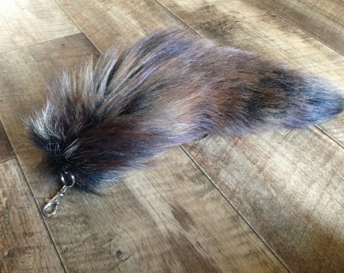 XXL Fox Tail Keychain - Handbag bag or Cosplay Asscessory- 16 Inches long Tail - Lucky Irish Charm - Fur measures 16 inches -  dyed