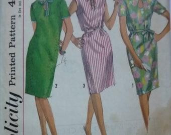 "Vintage Sewing Pattern. Simplicity 5909. Dress pattern 1965. Bust 38"". FF unused"