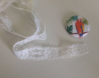 1.5 cm wide white lace band