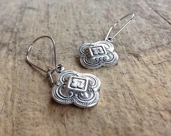CLEARANCE, Small Silver Quatrefoil Earrings, Gift For Her, Antique Silver Earrings, Bohemian Earrings, Bohemian Jewelry, 17mm Charm