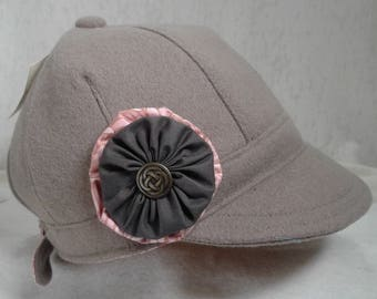 Light Taupe Rosette Hat