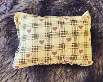 Tartan print small pin cushion - 0018
