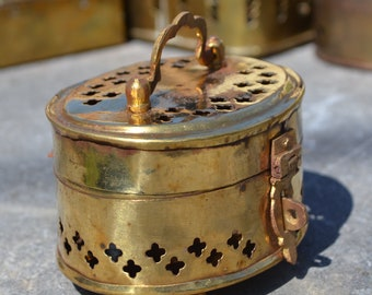 Brass trinket cricket censer box oval BOX117