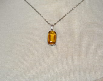 Vintage Art Deco 830 Silver Necklace Yellow Amber Glass Stone Pendant & Chain ~ Jewelry