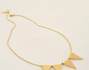 triangle necklace, Geometric necklace, Statement necklace, Sun necklace, Everyday necklace, flags chain, V necklace, Gold Banner necklace