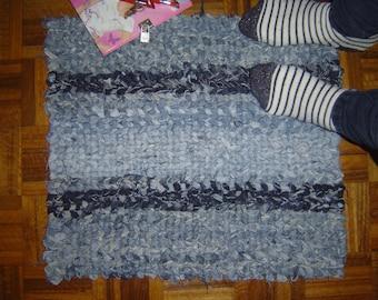Rug. Upcycled rug.Twined rag rug. Jeans rug. Fabric rug. Twined rug. Denim rug. Rag rug.