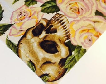 Skull and Roses On Cream