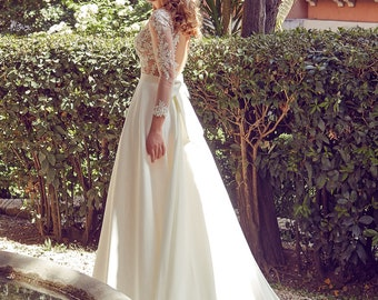 Narnia wedding dress with lace