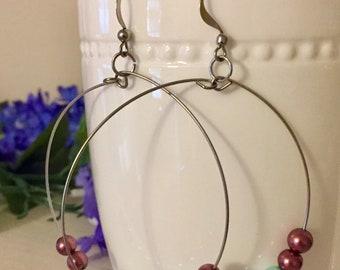 Memory wire brown and blue pearl hoop earrings