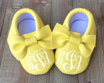 Custom Baby Shoe - Yellow Baby Shoe - Personalized Baby Shoe - Custom Moccasin - Custom Bow Mocc - Baby Mocc - Soft Sole Baby Shoe - Infant
