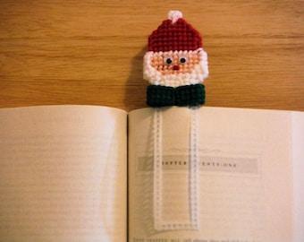 Santa Bookmark, plastic canvas, needlepoint item, back to school, handmade bookmark, Book Accessories, Christmas gift, gift under 10