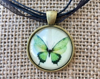 Butterfly pendant | pendant necklace | butterfly necklace | glass pendant necklace | ribbon necklace