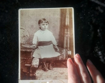 Victorian Child In Mourning ~ Antique Mourning Photo ~ Cabinet Card ~ Victorian Child In Black Mourning Sash