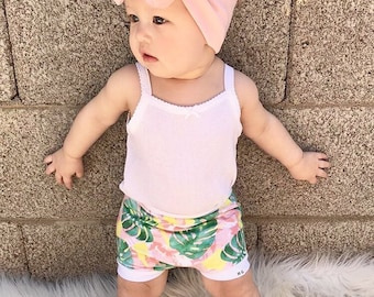 Tropical, Bummies, Shorties | Baby Clothes | Baby Shorts | Bloomers | Toddler Shorts | Tropical | Monstera Leaf | Palm Springs Shorties