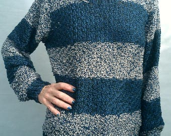 hand knit sweater with stripes Heather grey and blue fonce_ vegan_
