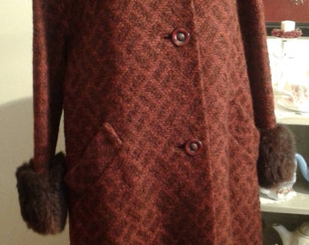 Vintage 1950s/60s Reddish/brown Boucle coat with faux fur collar and cuffs