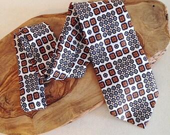 Vintage 1960s 1970s Crazy Loud Print Tie Necktie MOD London