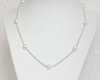 Gentle Air Freshwater White Pearls Necklace on a Silver Chain, Pearl Necklace, White Necklace, Silver Necklace, Classic Necklace, Beaded