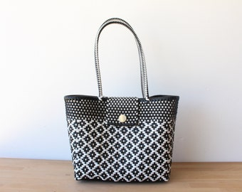Black & White Woven Tote bag, Picnic Basket, Beach Bag, Getaway Bag, Picnic Bag, Weekend Bag, Travel Bag, Mexican Gift, Mexico Bag