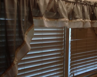 Homemade Kitchen Window Curtain